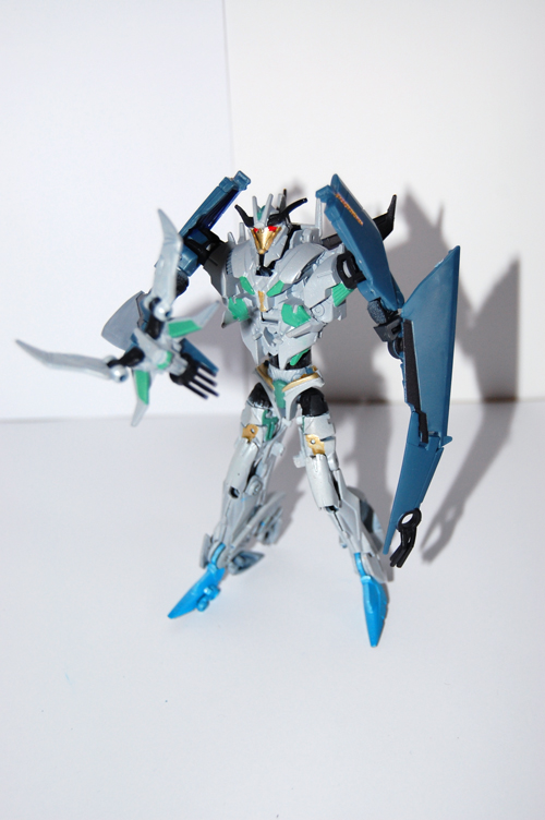 TF Prime Thunderwing Pretender (transformable!)-ps3.jpg