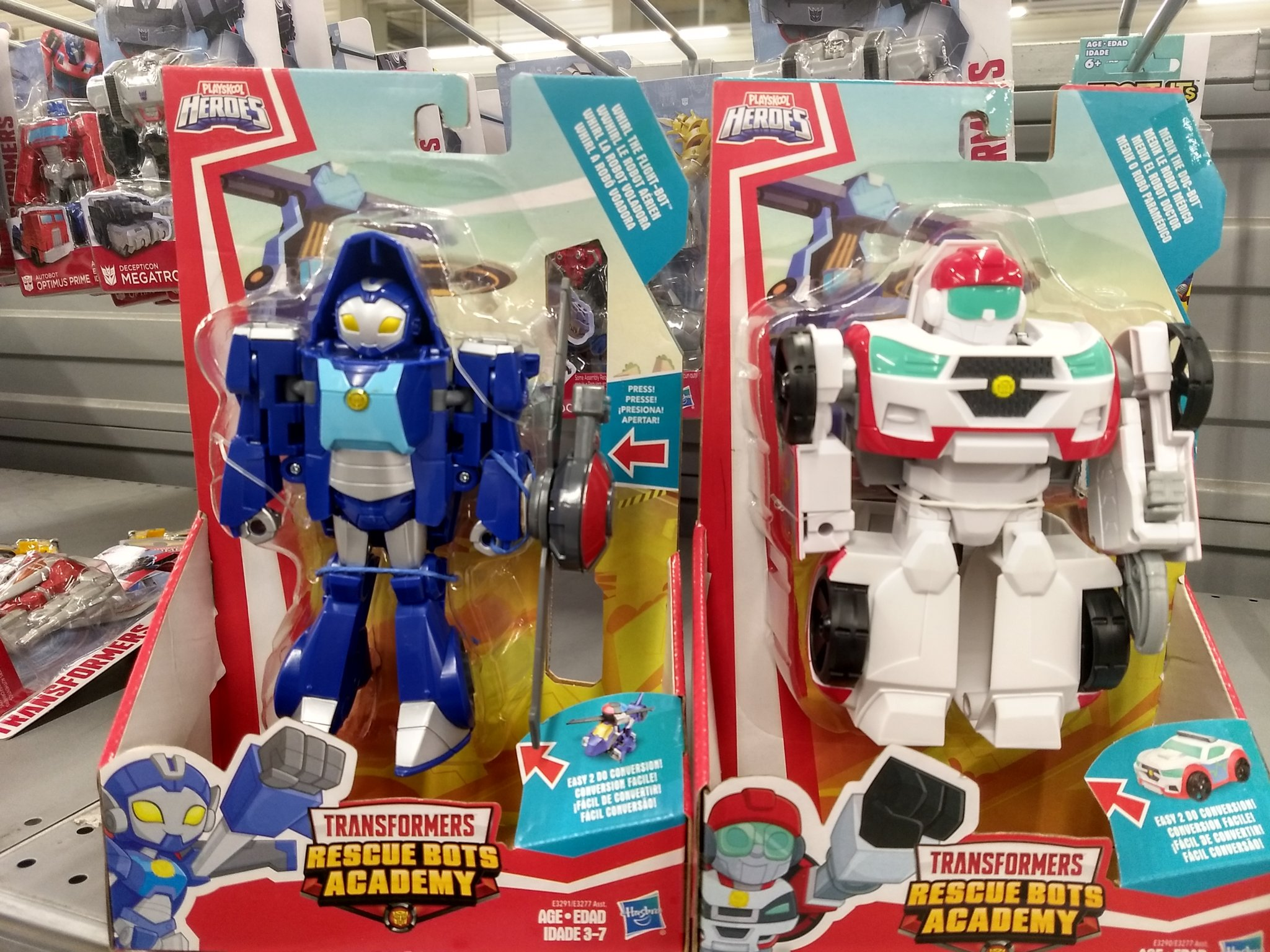 Rescue Bots Academy Figures In Chile.jpg