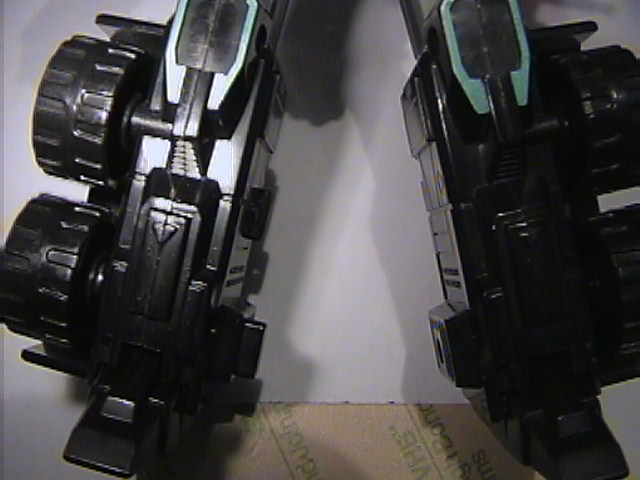 Simple RiD Scourge Leg Modification-ridscourgeleg02.jpg
