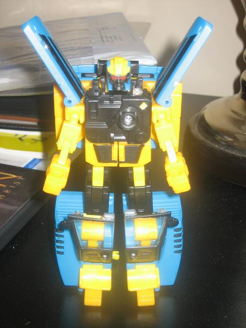 BotCon 2008 Customizing Class Figure Revealed!-robot.jpg