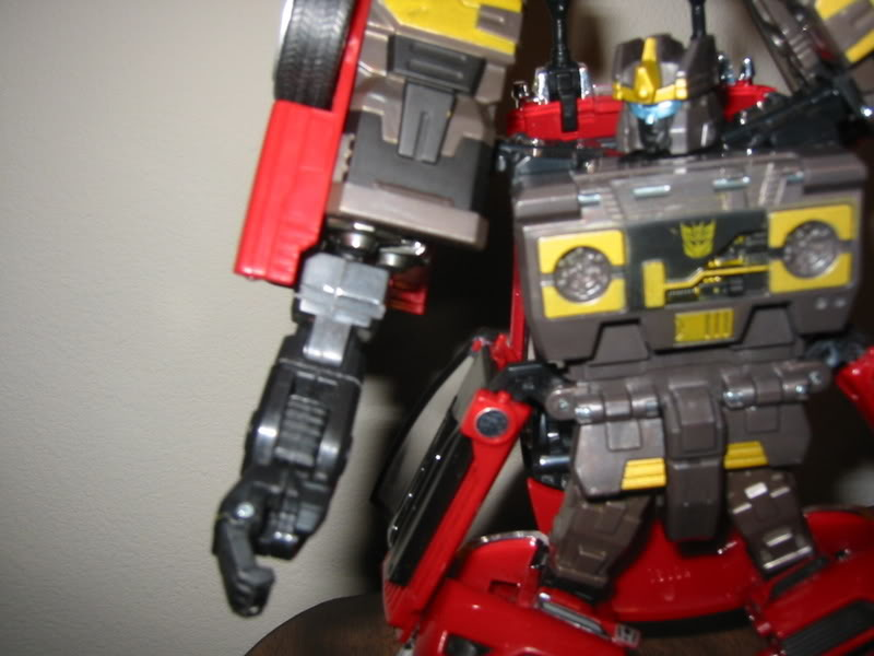 New Arm Modification For Alternators Rumble (From Skids Legs!)-rumblesarms012.jpg