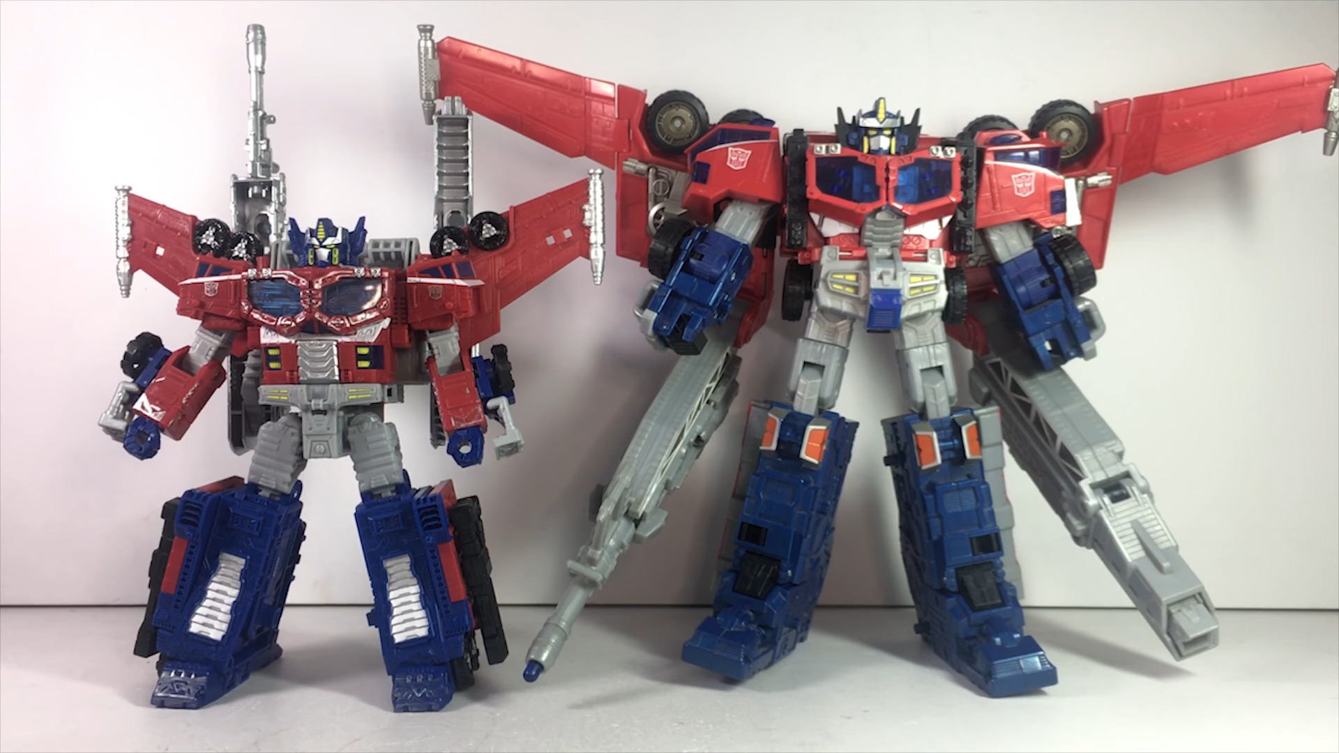 Siege Leader Optimus Prime-12.jpg