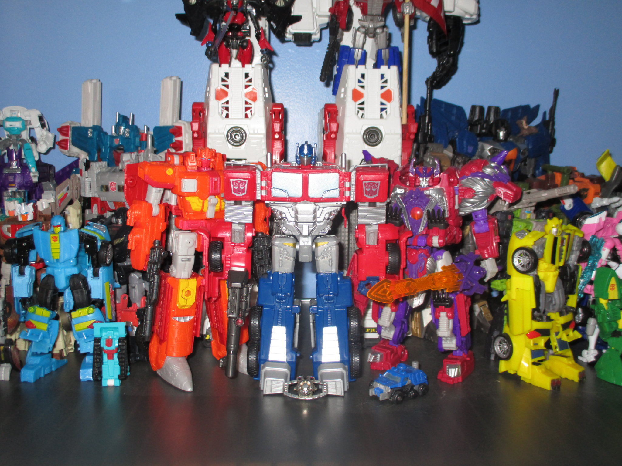 The Kup's Collection - Autobot Shelf One - 3.JPG