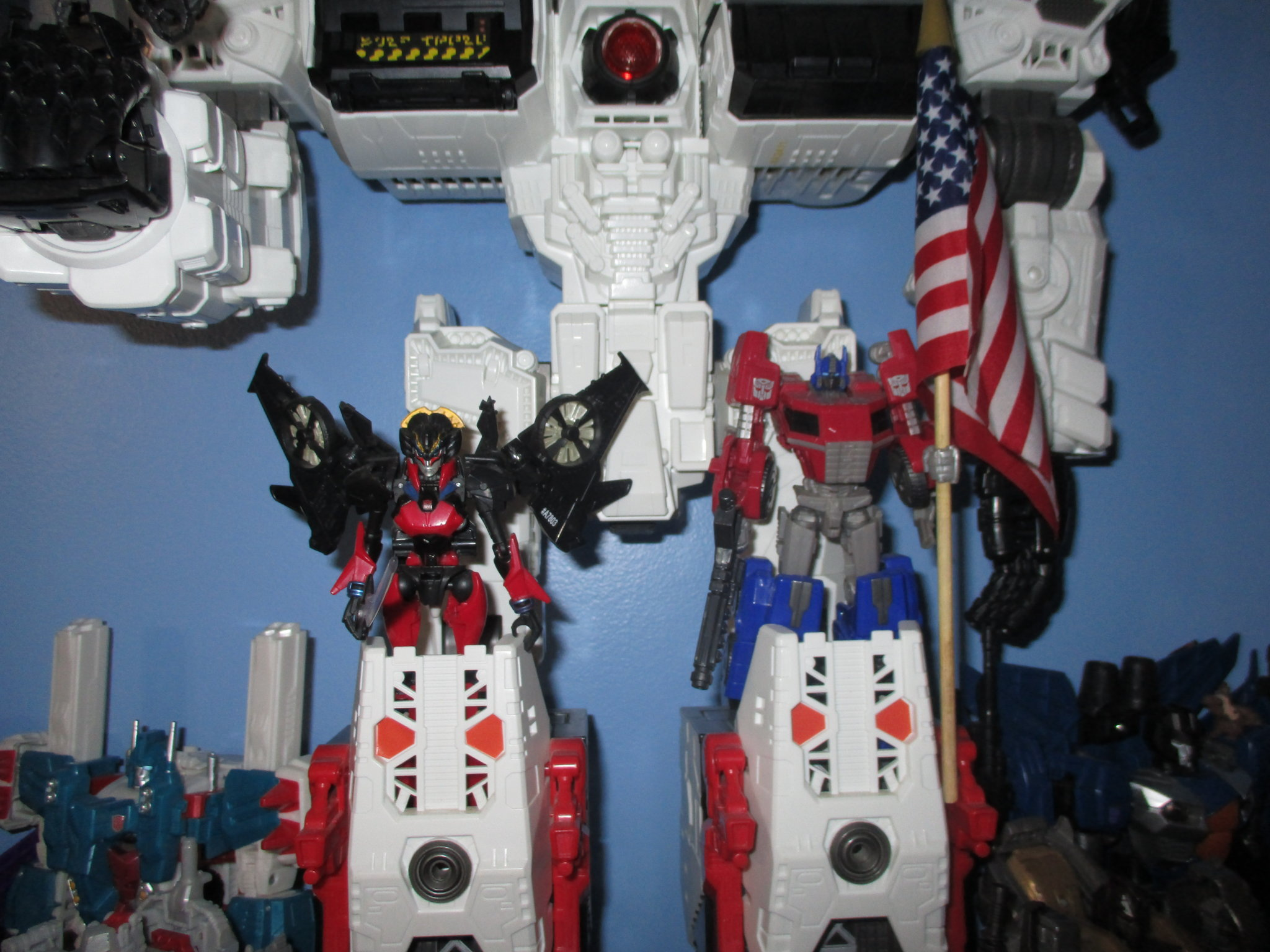 The Kup's Collection - Autobot Shelf One - 4.JPG