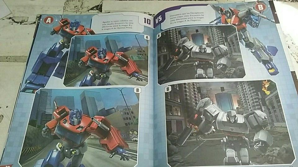 Transformers Evergreen Activity Book Latin America-06.jpg