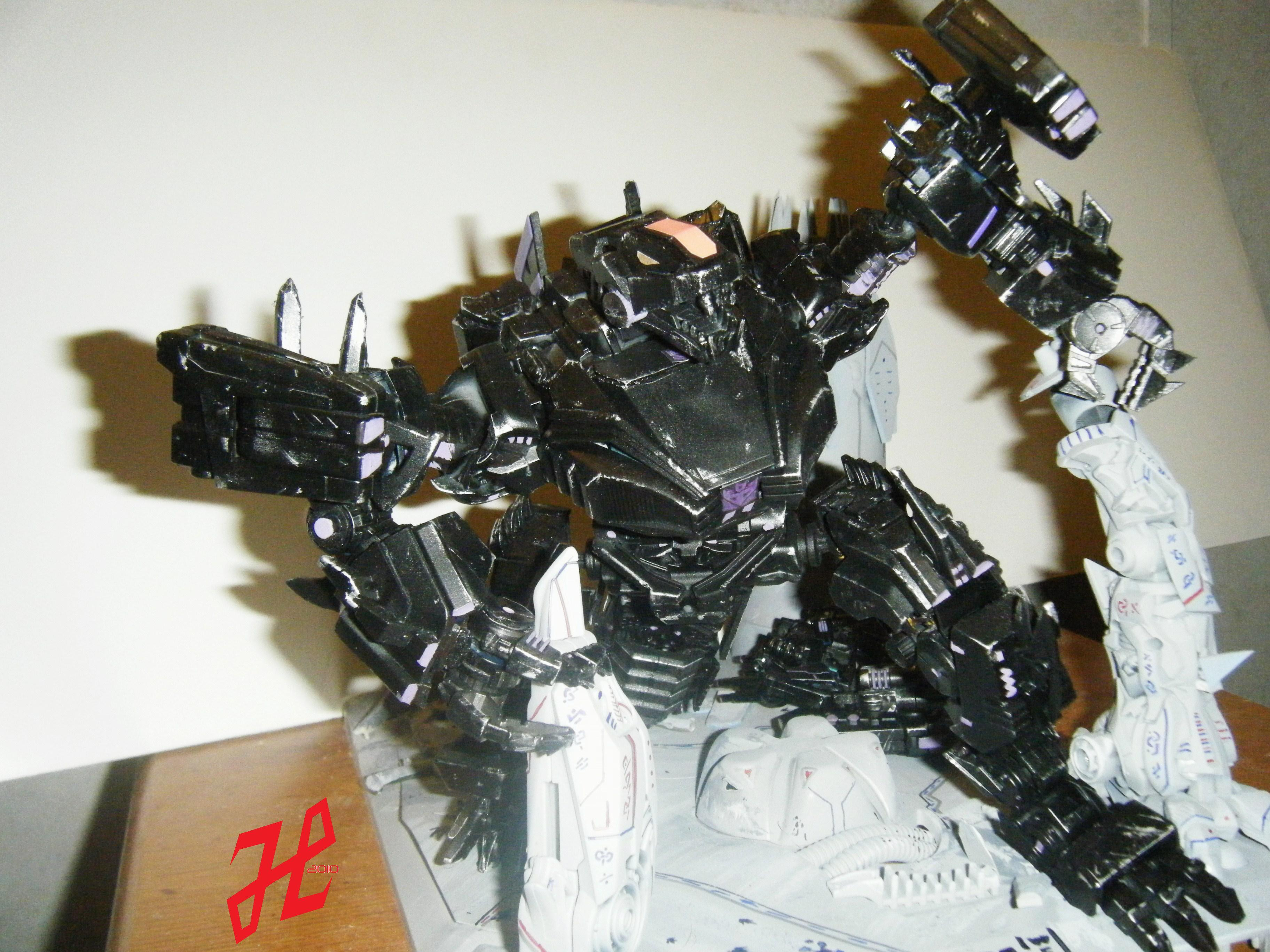 WFC Trypticon Leader class -wfc-trypticon jpgTrypticon War For Cybertron Toy